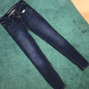 AE Skinny Jeans in size 00